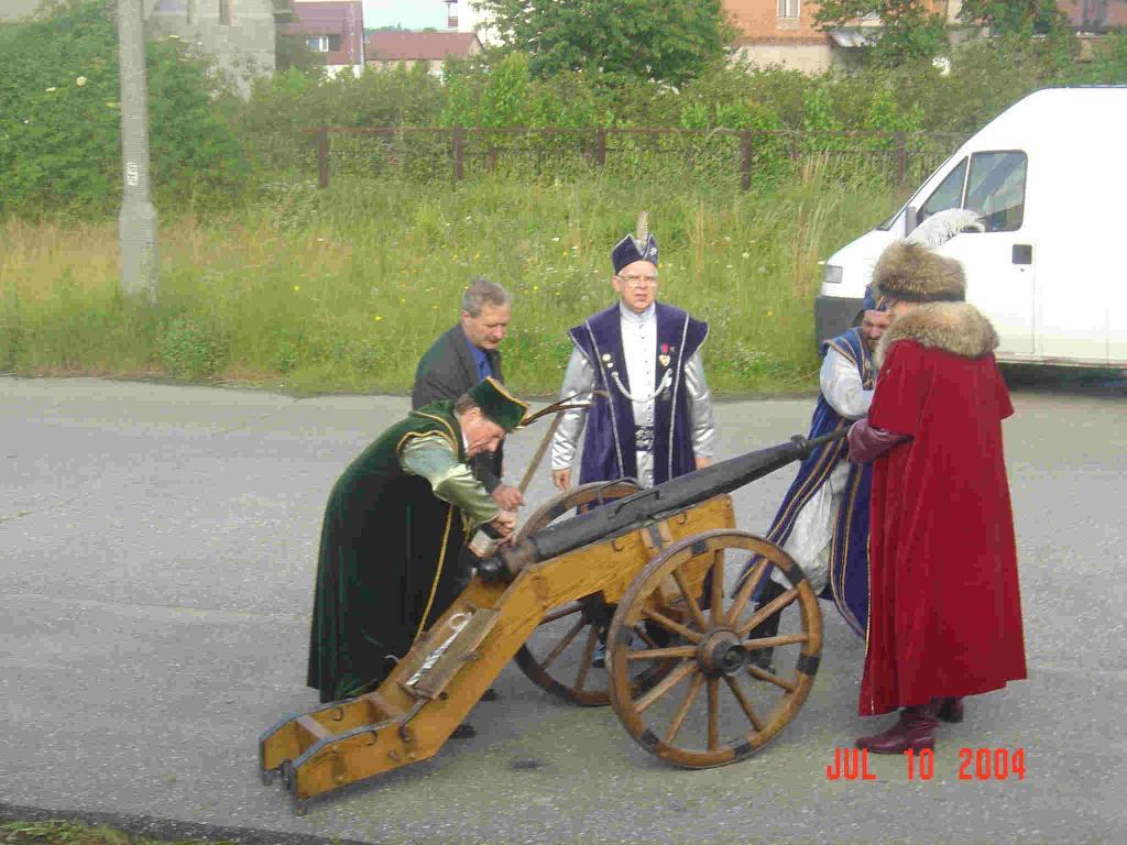 Zjazd Kaszubów w Kościerzynie. Armata w Brusach