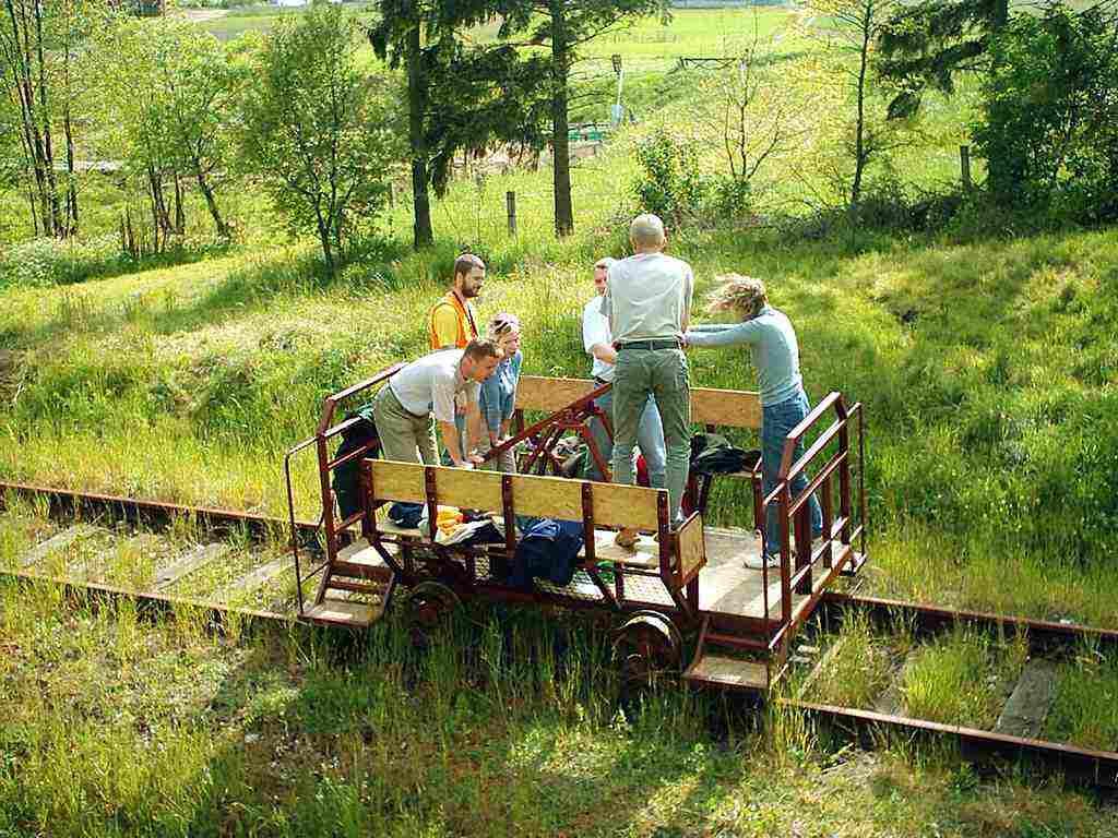 Nieczynna linia kolejowa Kolbudy - Niestępowo