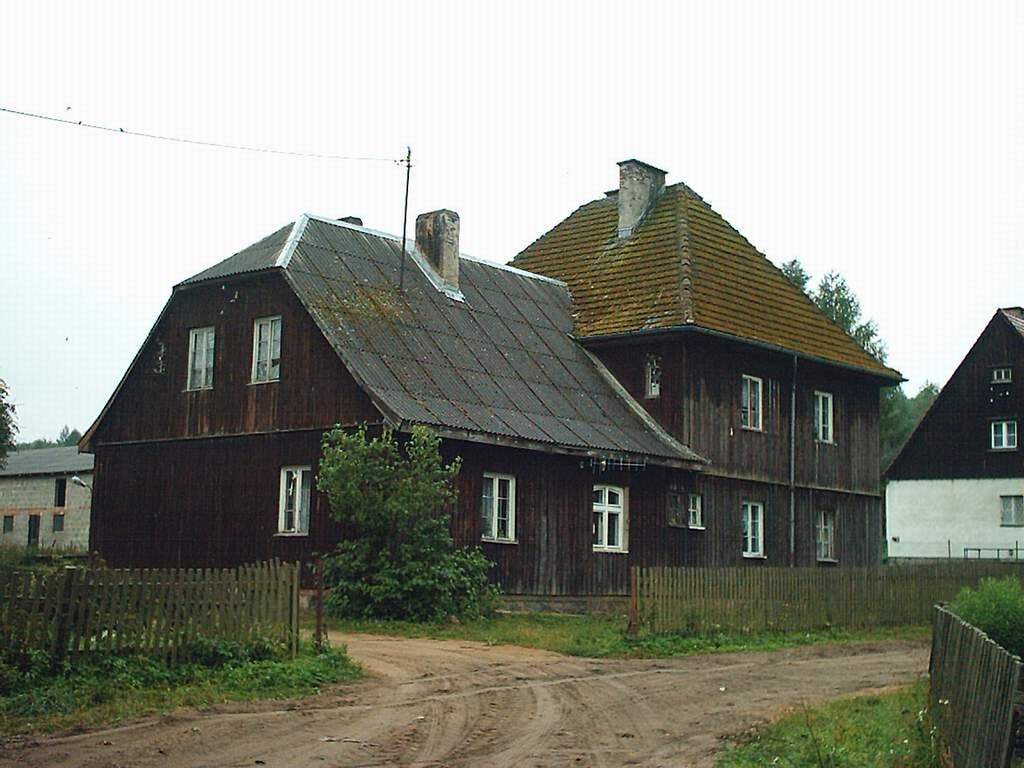 Porzecze k. Strzebielina, budynek celny