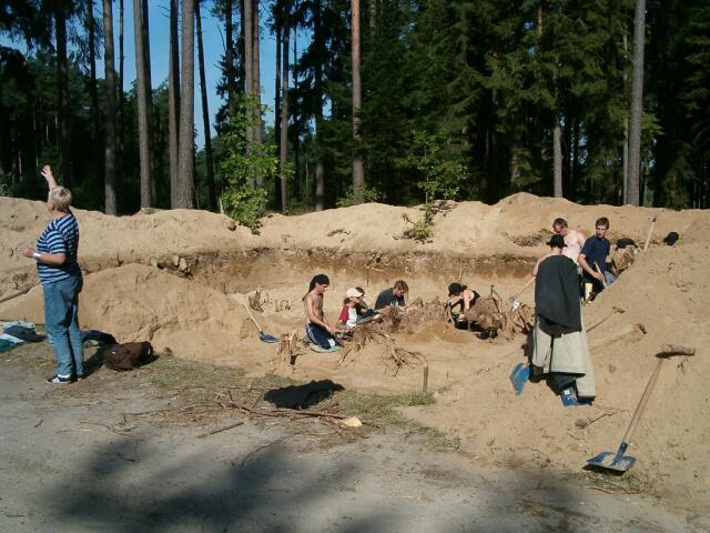 Babi Dół - badania archeologiczne w sezonie 2004 (4388)