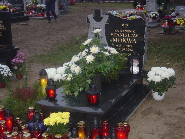 Grób ks. Stanisława Mokwy