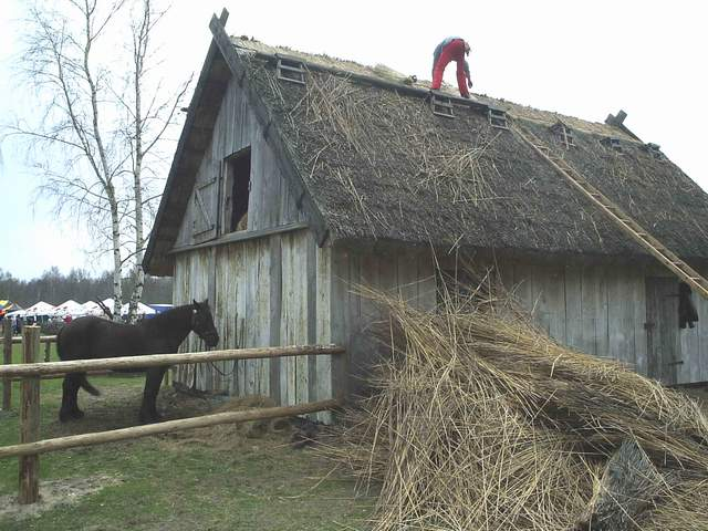 Kluki - nowy dach.