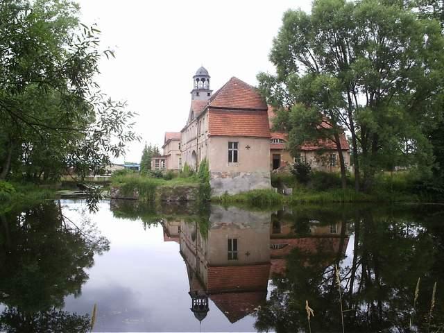 Karżniczka - zamek na wodzie 3
