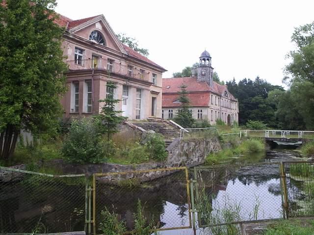 Karżniczka - zamek na wodzie 1