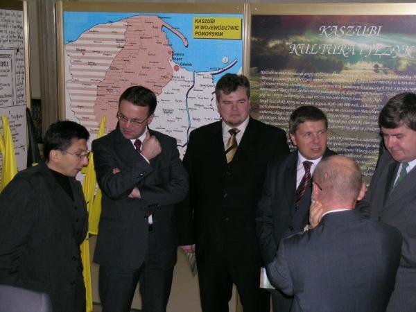 Sejm. Otwarcie wystawy o Kaszubach 2