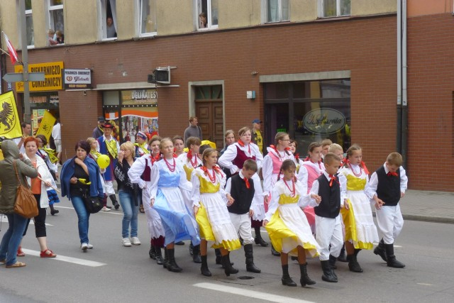 23.07.2011 XIII Zjazd Kaszubów Lębork: Formowanie pochodu