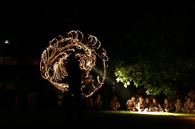esy-floresy z ognia