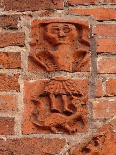 44 Drawsko - Maria jako Matka Boża (portal północny)