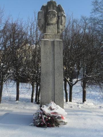 Pòmnik Majkòwsczégò Aleksandra