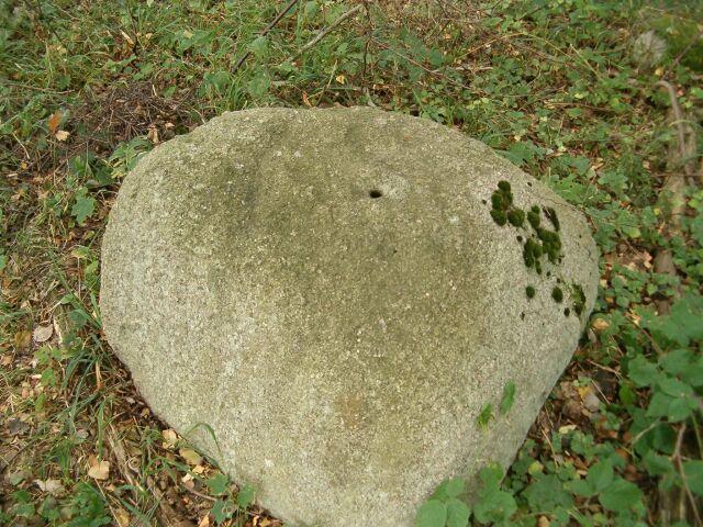 Grobowiec 4 (okolica, 3)