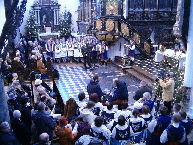 Uczestnicy mszy (2230)