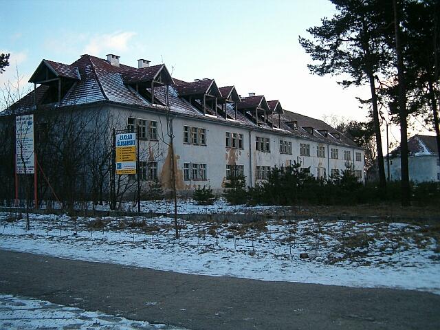 Borne Sulinowo - zdewastowany budynek (2542)