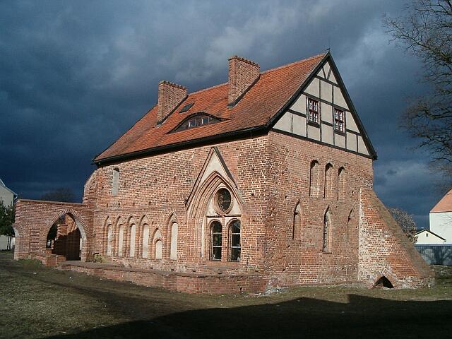 Kołbacz - domek opata (2514)