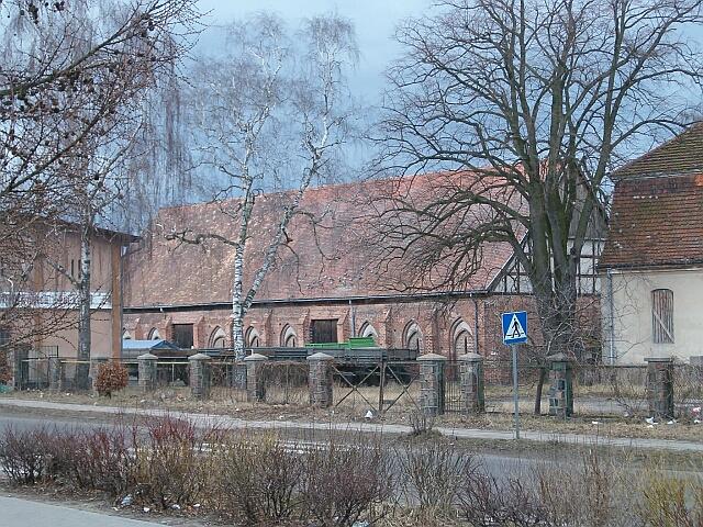 Kołbacz - budynek gospodarczy (2520)
