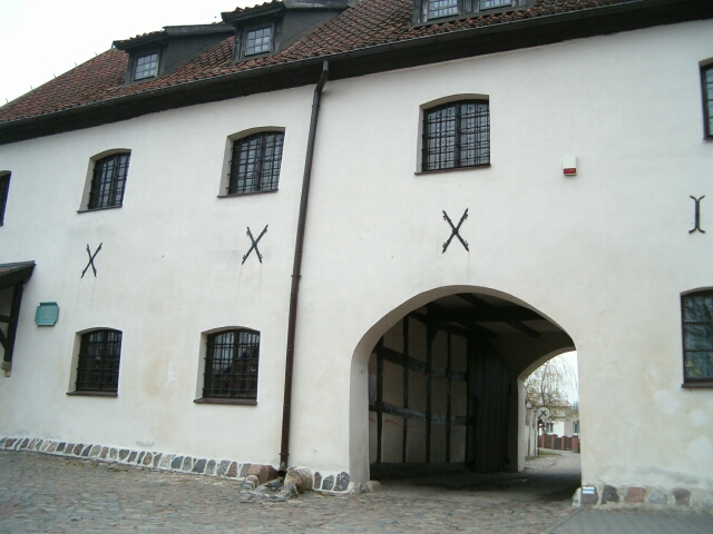 Żukowo. Budynek klasztorny (2761)