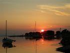 Zachód słońca nad portem w Kuźnicy