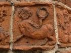 32 Drawsko - małpa z lustrem (portal południowy)