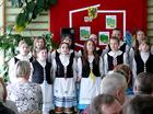 Część artystyczna - na początek dzieci ze szkoły w Borowym Młynie poleciały Fopką